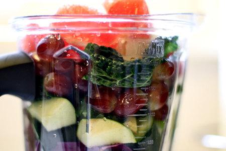 破壁机打果汁要加水吗?
